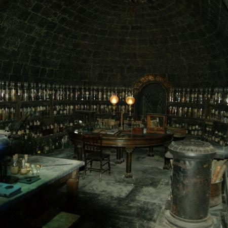 Potions clasroom Harry Potter