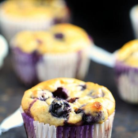 BLEUBERRY  OATMEAL MUFFINS