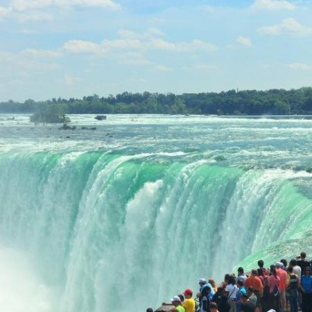 Waterfall, Niagara Falls.