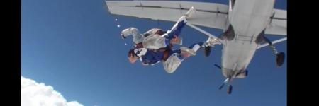 SkyDivE...