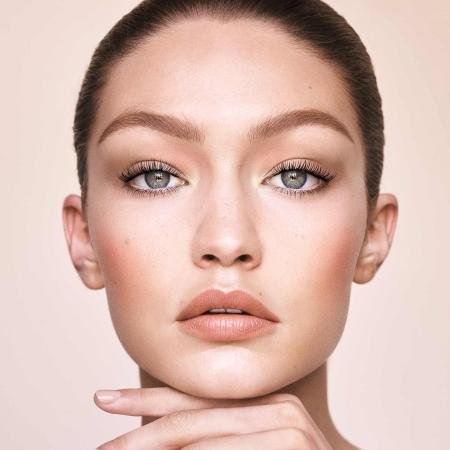 Gigi Hadid make-up