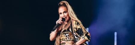 Top 10 female latin singers.
