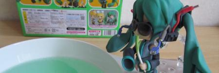 Repairing figures part 1; Removing sticky residue from your figures.